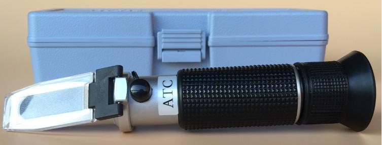 Ръчен рефрактометър